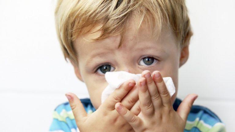 อาการหวัดเรื้อรังในวันเด็ก