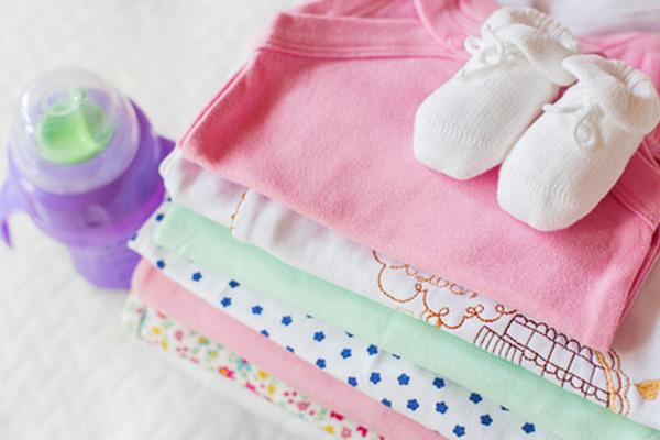 การเลือกเสื้อผ้าเด็กอ่อนที่ต้องใส่ใจเป็นพิเศษในสถานการณ์ต่างๆ