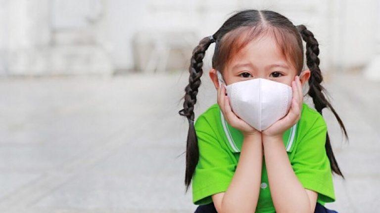 วิธีแก้ปัญหา การไม่ยอมสวมใส่ หน้ากากอนามัยกับเด็ก เมื่อออกนอกบ้าน