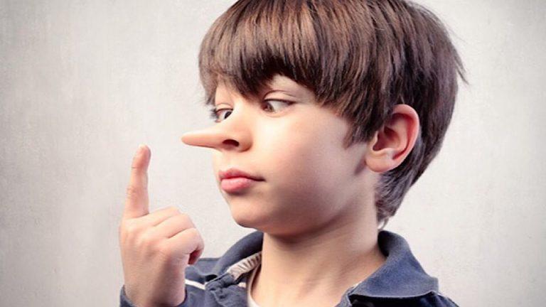 เด็กชอบโกหก แนวทางวิธีการแก้ปัญหาที่ถูกต้อง