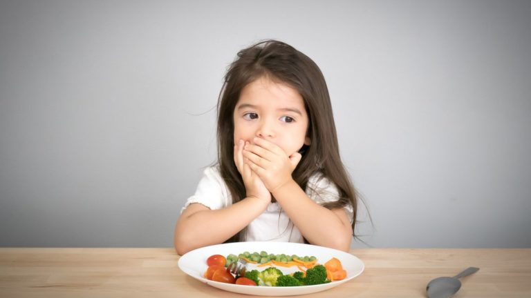 ลูกกินยาก ปัญหาที่เกิดขึ้นกับเด็ก ผู้ปกครองสามารถแก้ไขได้โดยวิธีง่าย ๆ