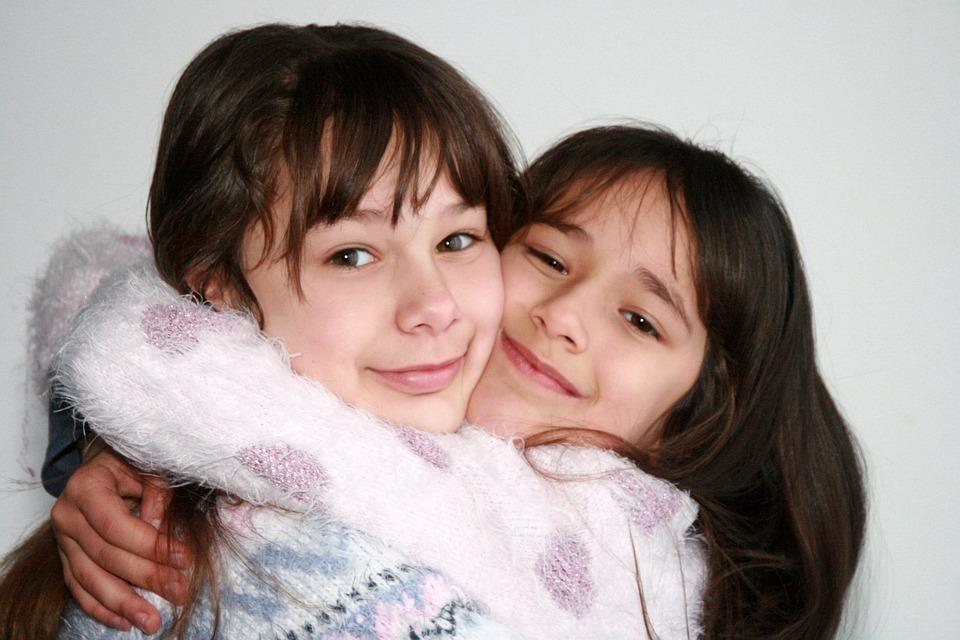 ข้อดีของการมีพี่สาวน้องสาว มีผลดีต่อครอบครัวหลายๆด้าน