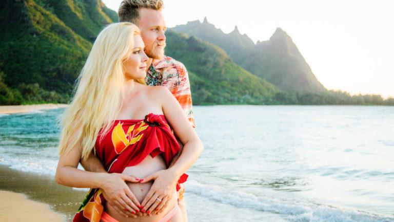 3 ประโยชน์จากการพา คนท้องเที่ยวทะเล บอกเลยว่าดีต่อคุณแม่และลูกน้อยแน่นอน
