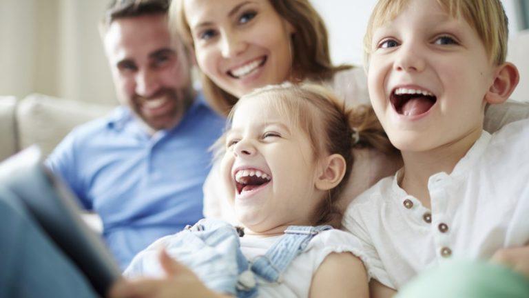 3  เทคนิคของพ่อแม่ สอนลูกให้เป็นเด็กที่มี ความซื่อสัตย์และมีน้ำใจ ต่อผู้อื่น