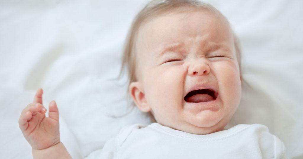 ปัญหาของทารกแรกเกิด เรื่องการร้องไห้