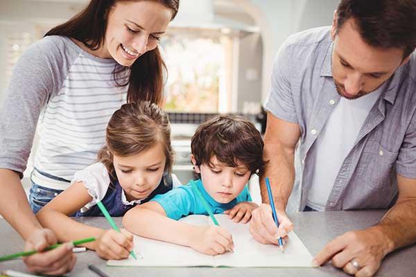 พ่อแม่ช่วย ส่งเสริมความจำให้ลูก ด้วยการให้ลูกได้คิดและจินนาการ