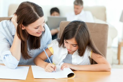 วิธีทำให้ลูกอยากทำการบ้าน หลัก ๆ เพื่อเป็นการสร้างเรื่องความรับผิดชอบตั้งแต่วัยเรียน