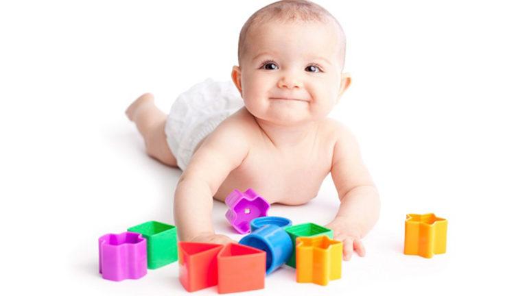 ข้อดีของการปล่อย ลูกเล่นคนเดียว ในวัยทารก เพื่อเสริมสร้างพัฒนาการที่ดีให้กับลูก