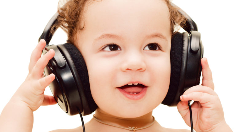 เพลงคลาสสิกพัฒนาสมองเด็ก สิ่งที่ช่วยเพิ่มศักยาภาพ สมองของลูกให้ดียิ่งขึ้น