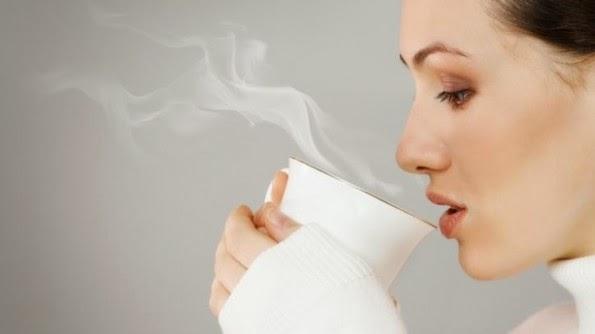 ท้องนอนไม่หลับ ต้องทานน้ำหรือเครื่องดื่มอุ่นๆเพื่อให้ร่างกายผ่อนคลายจะช่วยได้ในระดับหนึ่ง