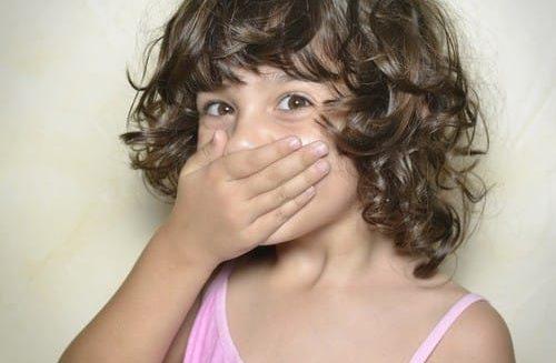 แนะนำ วิธีปราบเด็กชอบโกหก กับเด็กที่ชอบโกหก ด้วยการออกกฏห้ามพูดโกหกก่อน