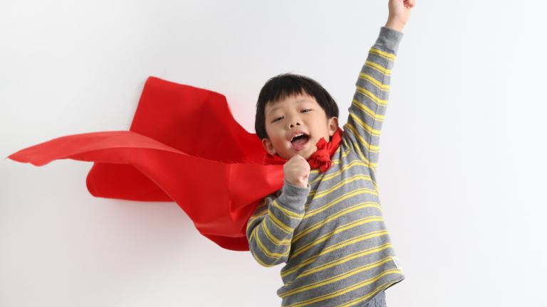 วิธีเพิ่มความกล้าให้ลูก เปลี่ยนลูกขี้อาย ให้กลายเป็นคนกล้าแสดงออก