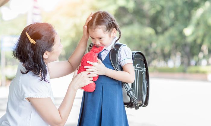 วิธีสอนลูกให้เป็นคนดีไม่ให้ก้าวร้าว ให้เชื่อฟัง  ไม่ใช่การคาดโทษลูกว่าถ้าไม่ทำจะโดนตี  ถ้าทำอย่างนั้นอย่างนี้จะไม่รัก