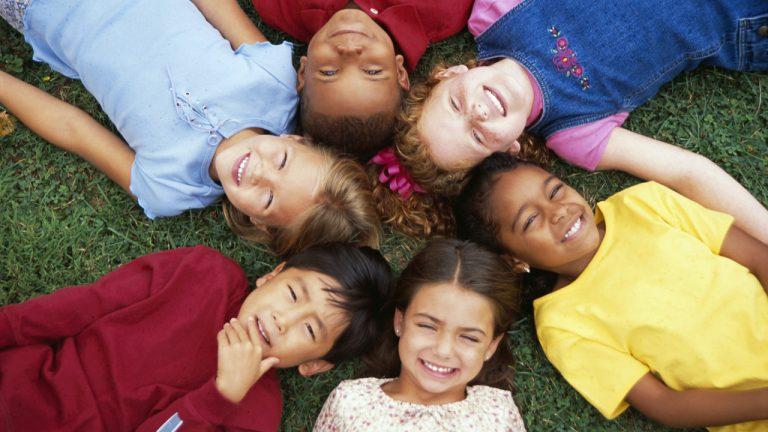 พัฒนาการทางสังคมของเด็ก วัย 3-5 ปี มาเช็คกันว่า แบบไหน ปกติหรือผิดปกติ