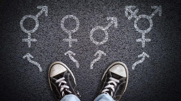 ลูกเบี่ยงเบนทางเพศ คนเป็นพ่อแม่ควรทำอย่างไร จะเตรียมรับมืออย่างไรดี