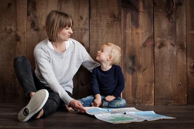 สอนลูกแบบไม่ข่มขู่ ให้เขาเชื่อฟัง เรียนรู้ และเข้าใจ ด้วยตนเอง